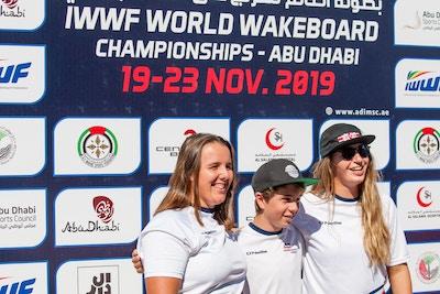 Ultrasport Team Melissa Lock Joe Humphries And Katie Batchelor at the 2019 Worlds in Abu Dhabi - Photo Mark Osmond