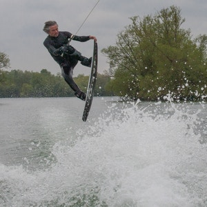 Mark Osmond, TeamGB 🇬🇧, at the 2021 Test Practice Day at Isis Waterski & Wakeboard Club, Reading - Photo Jeremy Nevill